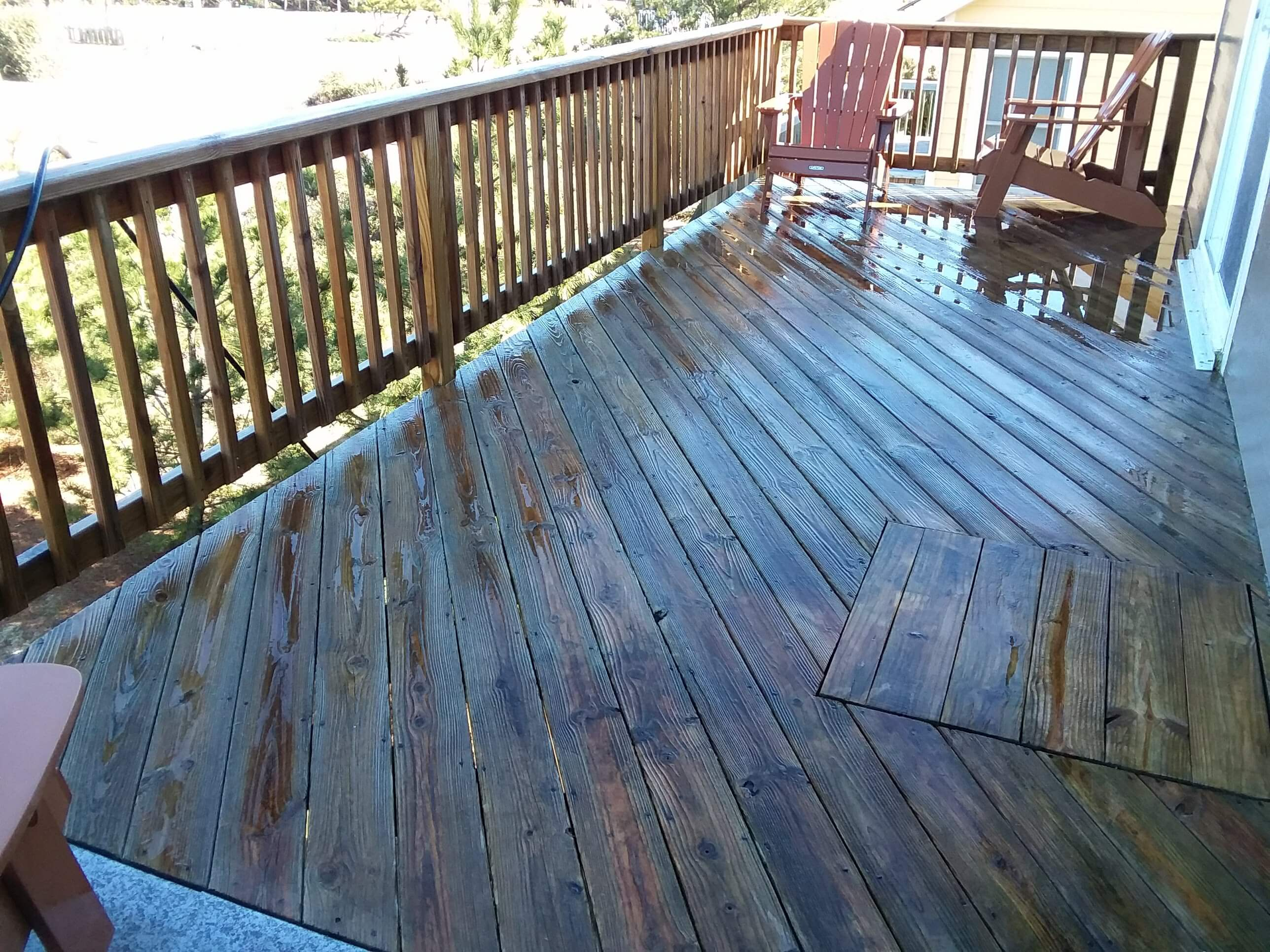 Carolina Pro Clean pressure washed deck 11